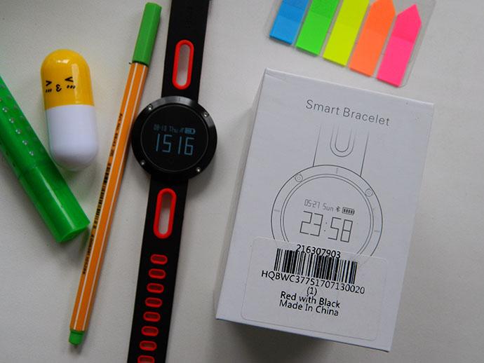 DM58 — умен часовник и фитнес гривна 2