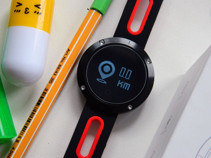 DM58 — умен часовник и фитнес гривна 3