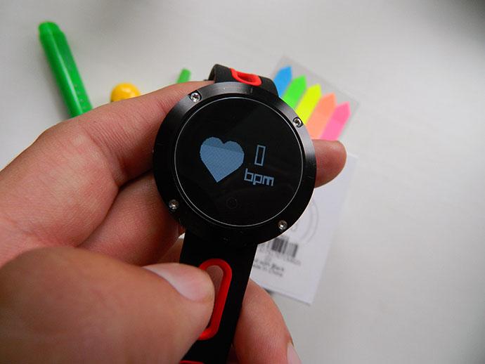DM58 — умен часовник и фитнес гривна 5