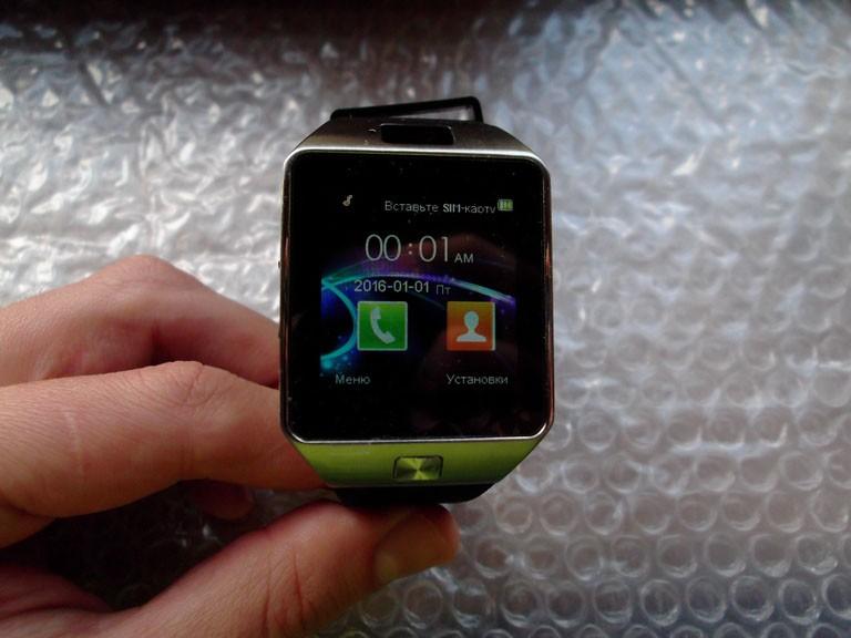 Ревю на умния часовник SmartWatch dz09 клонинг на Samsung Gear 2 за смешна цена 2