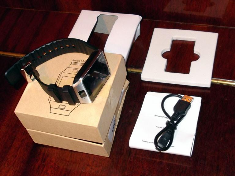 Ревю на умния часовник SmartWatch dz09 клонинг на Samsung Gear 2 за смешна цена 3